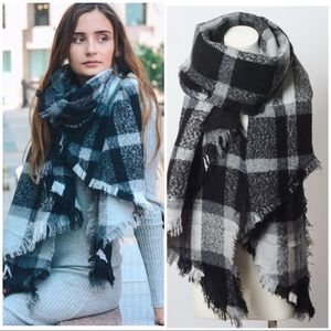 Accessories - BLACK GRAY OVERSIZED PLAID scarf